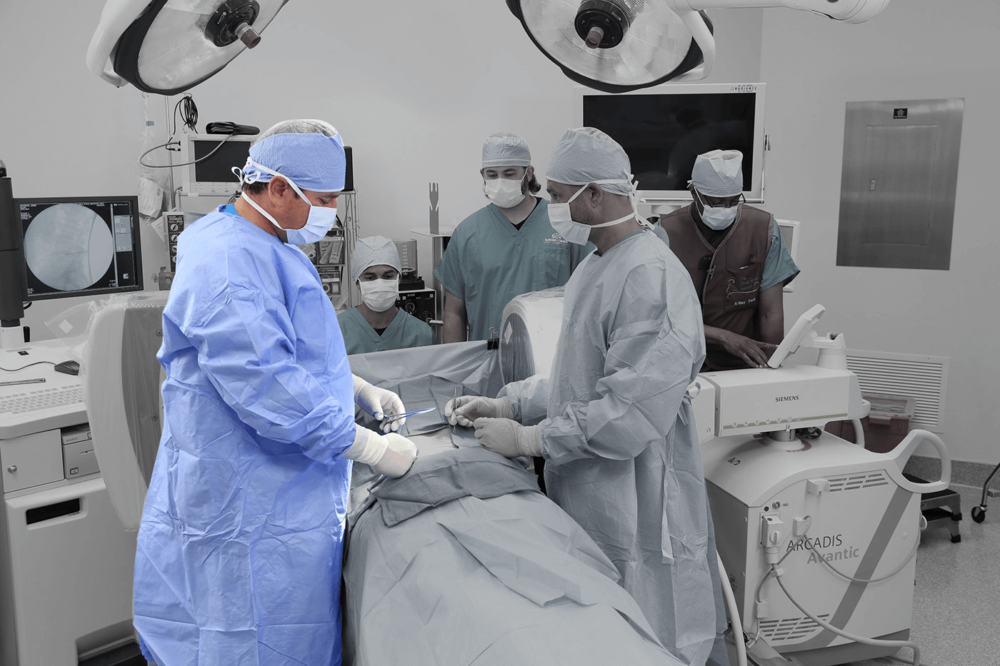 Read more about the article Back Surgery: 7 Types, Recovery Time, Risks and Benefits for Pain